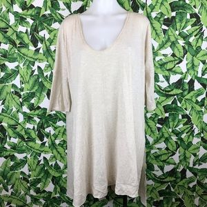 5 for $25 We The Free Cream Heathered Tunic